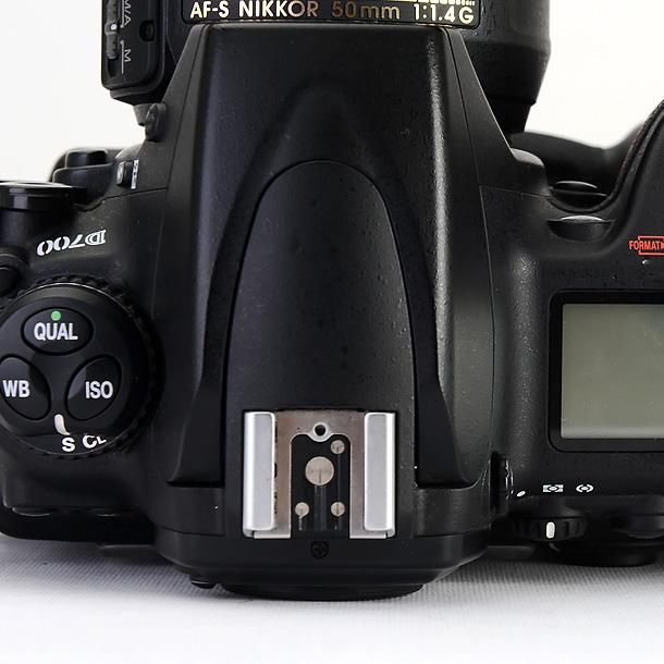 d700-konektorii